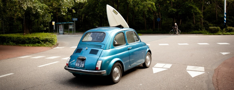 transporter sa planche de surf en voiture de location carigami. Black Bedroom Furniture Sets. Home Design Ideas