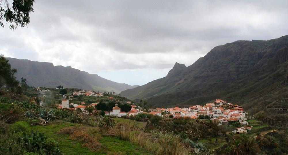 Vue sur le village espagnol de Fataga, sur Grande Canarie