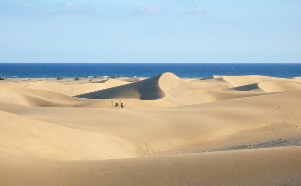 Vue des dunes de Maspalomas sur l'île de Grande Canarie.