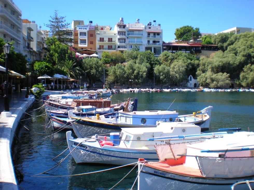 Le port d'Agios Nikolaos en Crète.