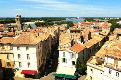 Vue d'Arles en Provence.