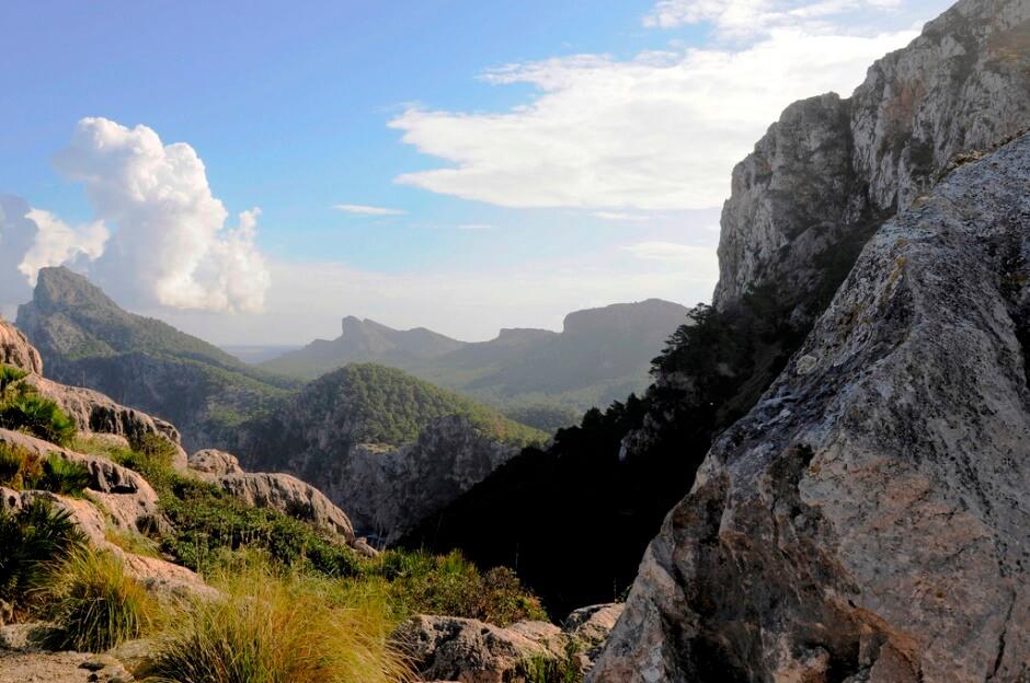 Vue des montagnes de l'île de Majorque aux Baléares en Espagne.