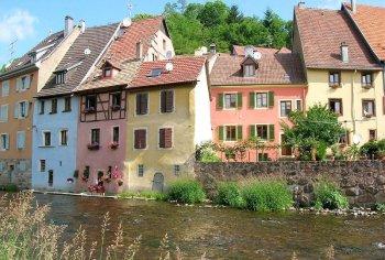 Maison colorées en Alsace.