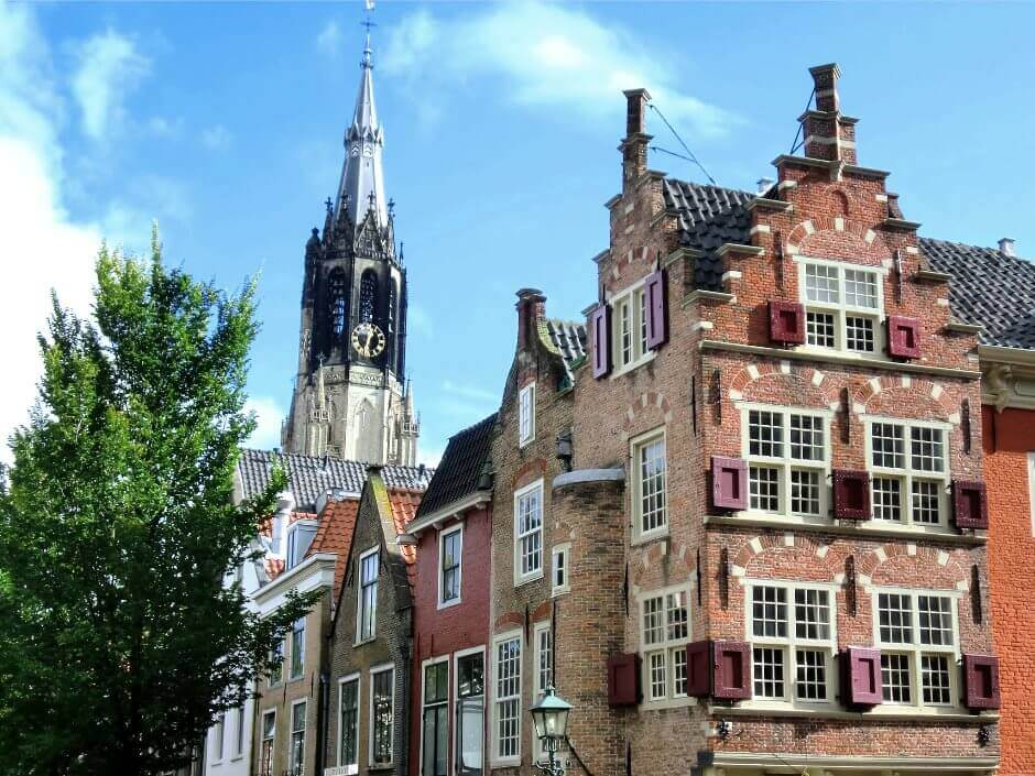 Le clocher d'une église de Delft.