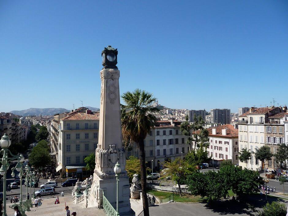 Vue de Marseille depuis la gare Saint-Charles.