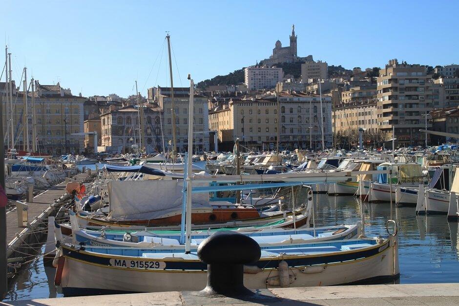 Vue du Vieux-Port de Marseille.