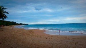 Vue de la plage de la Perle à la Guadeloupe.
