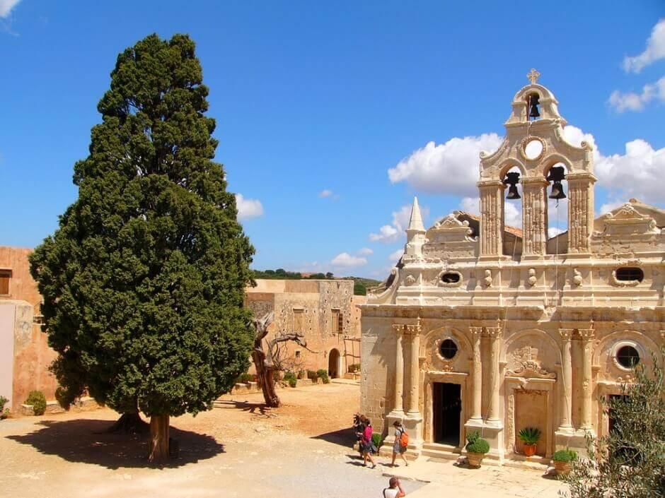 Vue du monastère d'Arkadi en Crète.