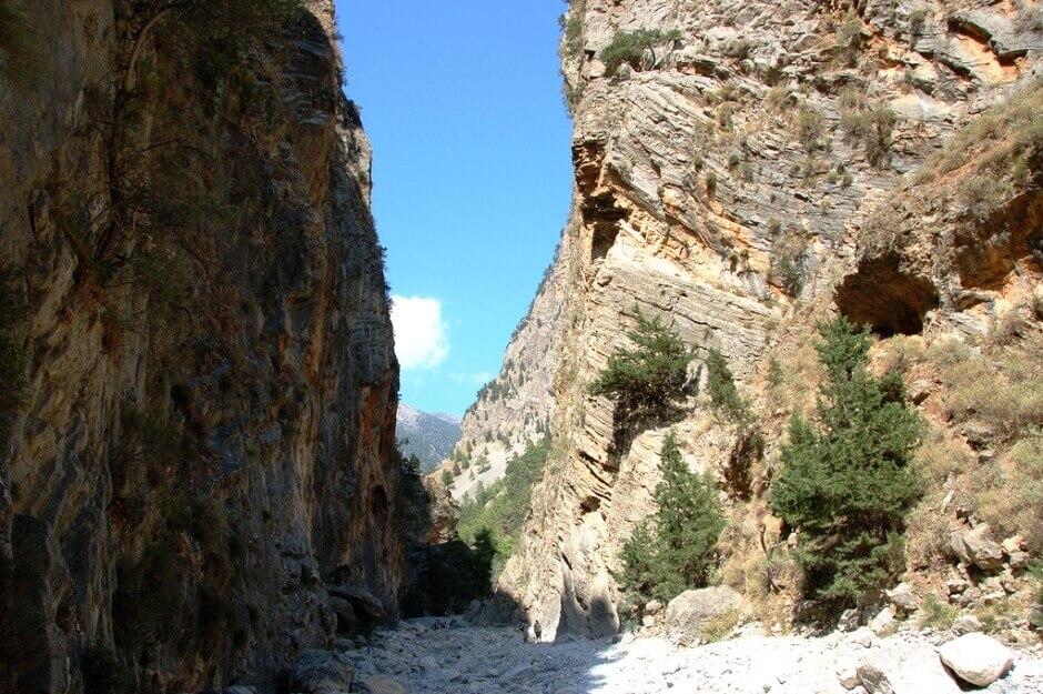 Vue des gorges de Samaria en Crète.