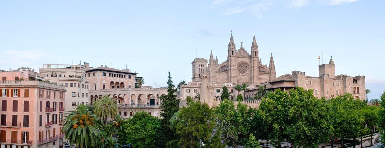 Vue sur la cathédrale de palma de majorque en Espagne.
