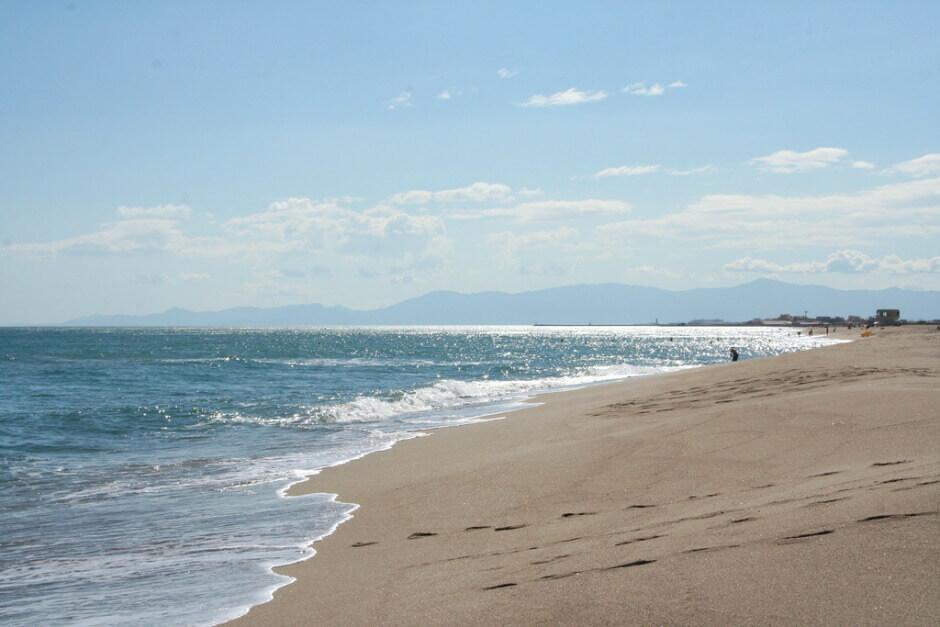 Vue d'une plage à Leucate.