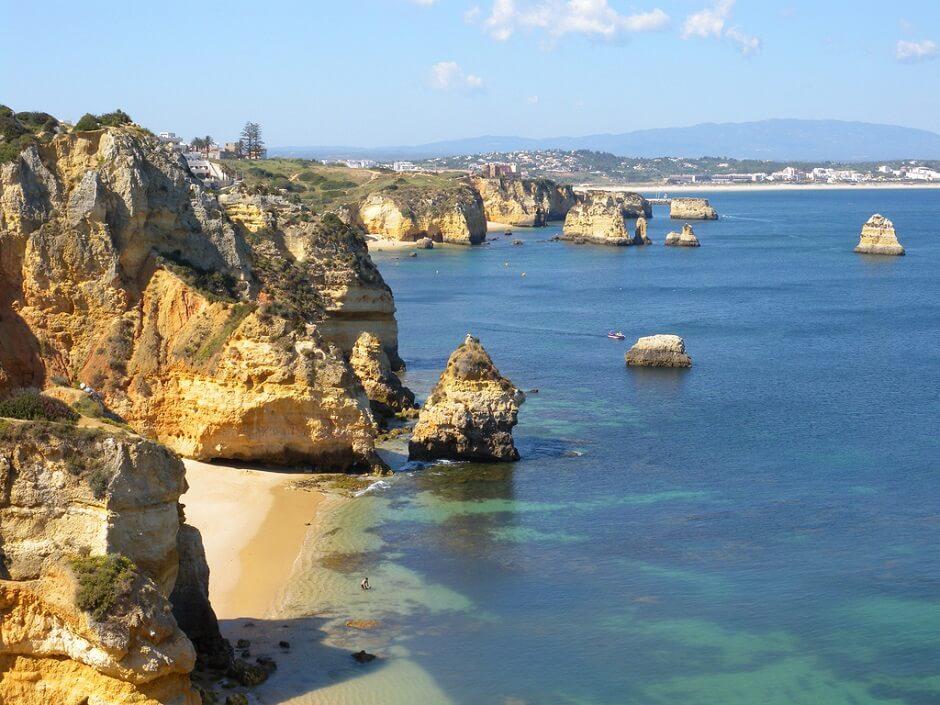 Vue des falaises de l'Algarve.