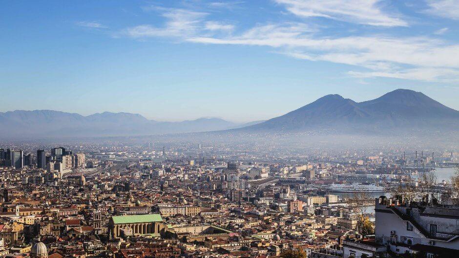 Panorama sur Naples en Italie.