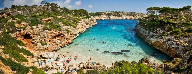 Est Une Ville Qui Se Trouve Dans La Cote D Azur