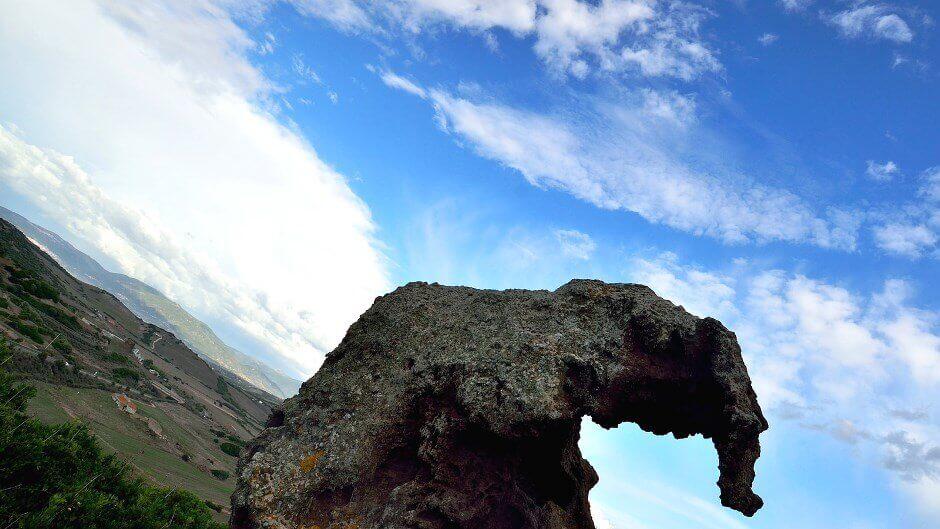 Vue d'un rocher en forme d'éléphant,