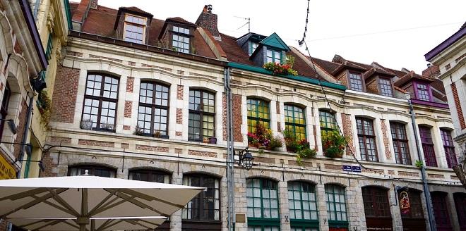 Vue de la place aux Oignons à Lille.