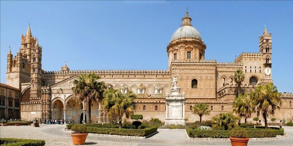 Vue de la cathédrale de Palerme.