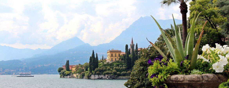 Un lac de montagne en Italie.