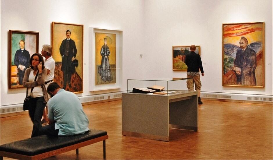 Dans les salles du musée Munch d'Oslo.