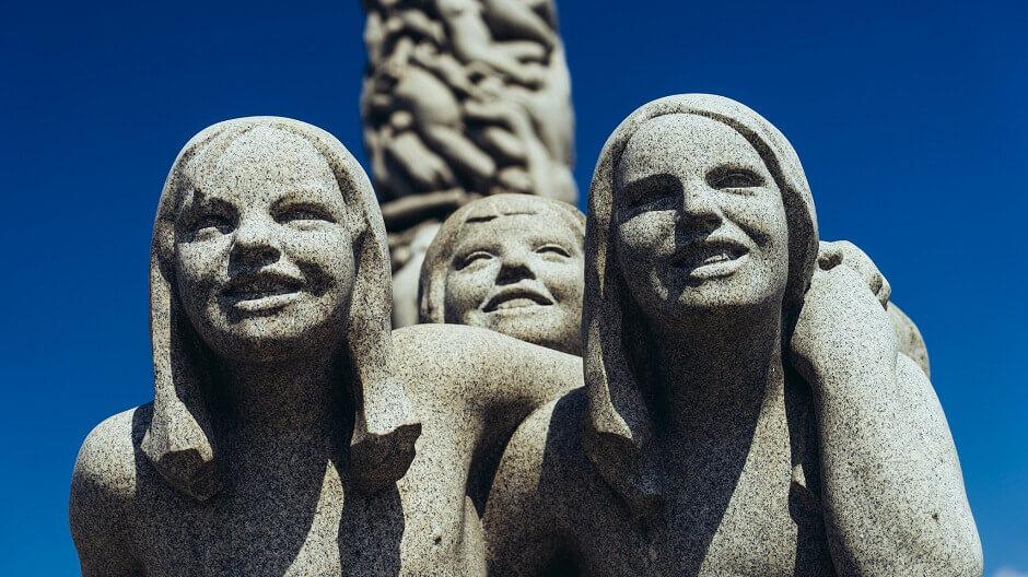 Les sculptures du parc Vigeland à Oslo.