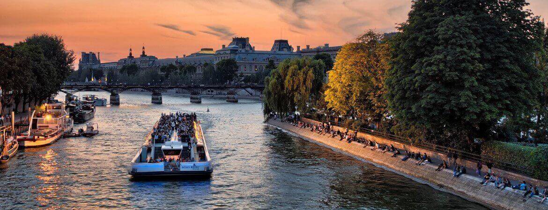 Vue de la Seine à Paris.
