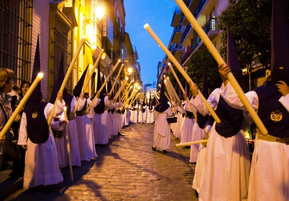 Procession de la Semaine Sainte en Andalousie.