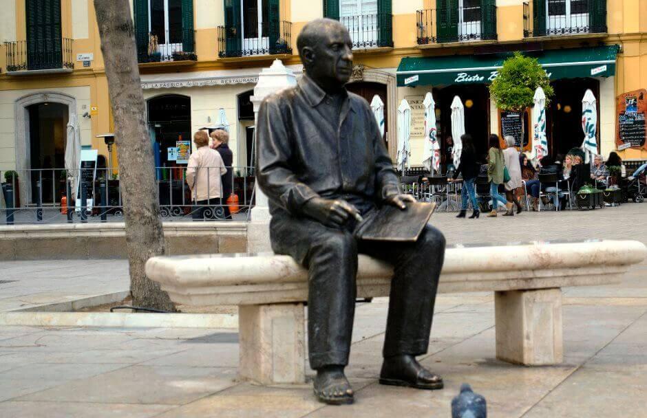 Statue de Picasso à Màlaga.