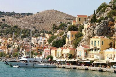 Vue de l'île grecque de Symi.