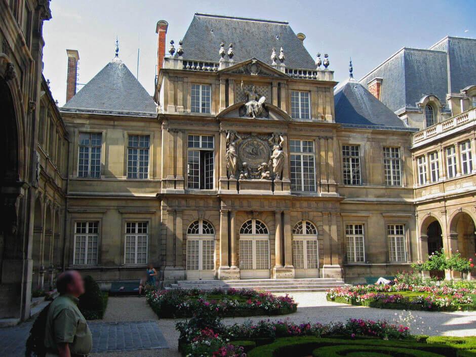 Cour du musée Carnavalet