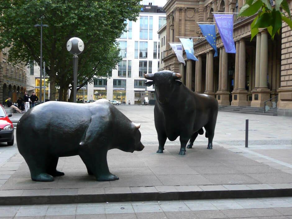 Statues de l'ours et du taureau bourse de Francfort