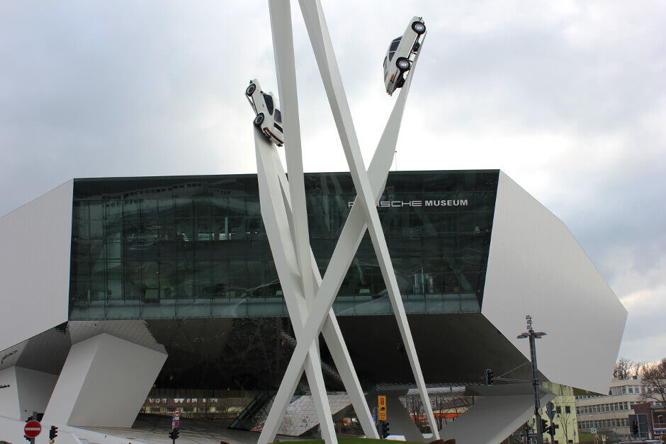Entrée du musée Porsche de Stuttgart