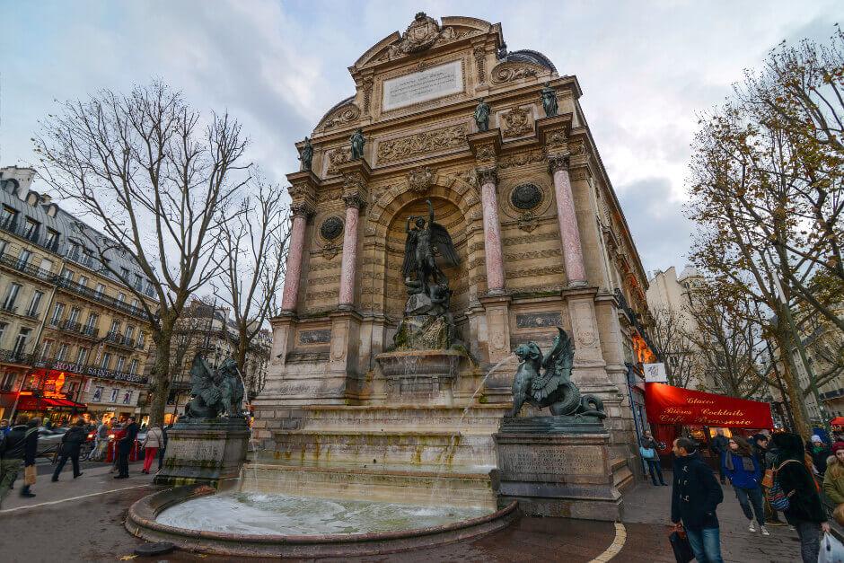 Fonatine Saint-Michel