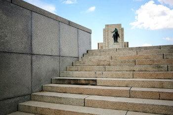 Statue à Prague.