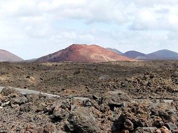 Route à travers les volcans à Lanzarote.