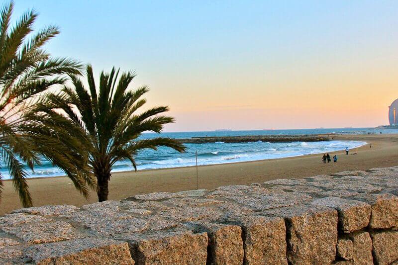 Une plage à Barcelone.