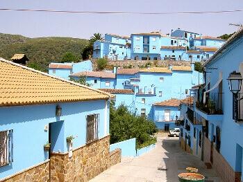Village bleu en Andalousie.