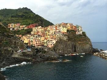 Vue du village de Manarola en Italie.