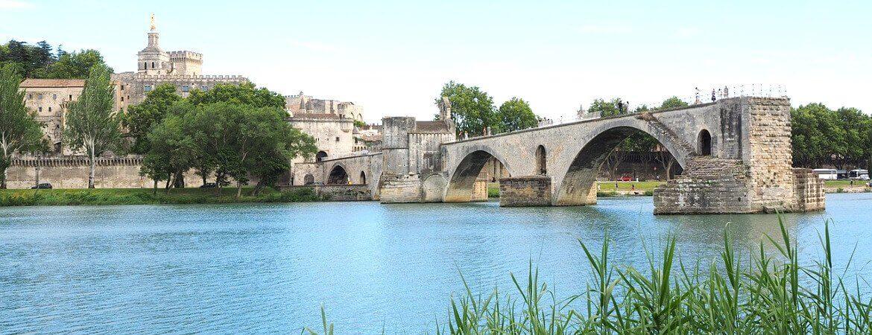 Vue du pont d'Avignon.