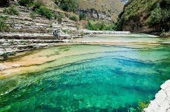 Une piscine naturelle en Sicile.