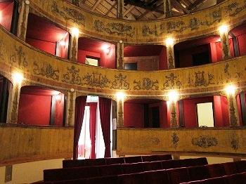 Intérieur d'un théâtre en Sicile.