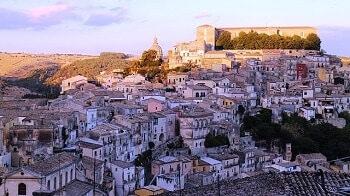 Vue de Raguse en Sicile.