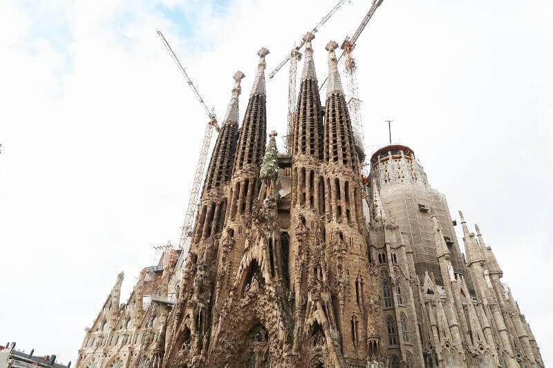 Façade de la Sagrada Familia à Barcelone.