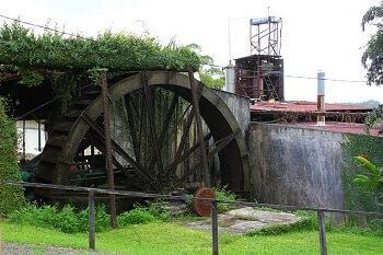 Distillerie de rhum en Guadeloupe.