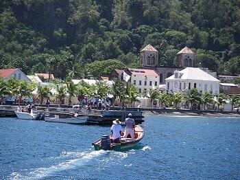 Vue de Saint-Pierre en Martinique.
