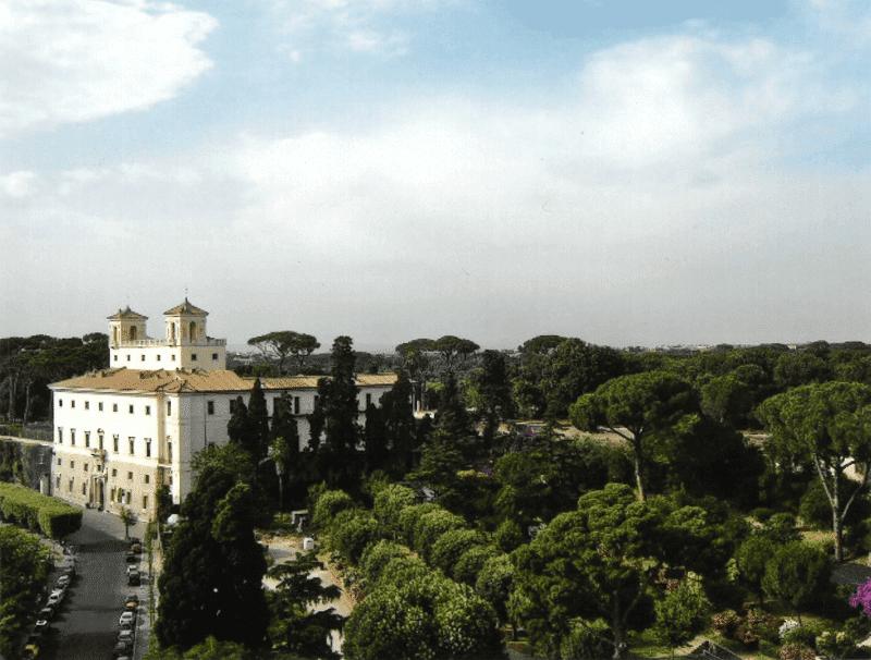 Vue de la Villa Médicis à Rome.