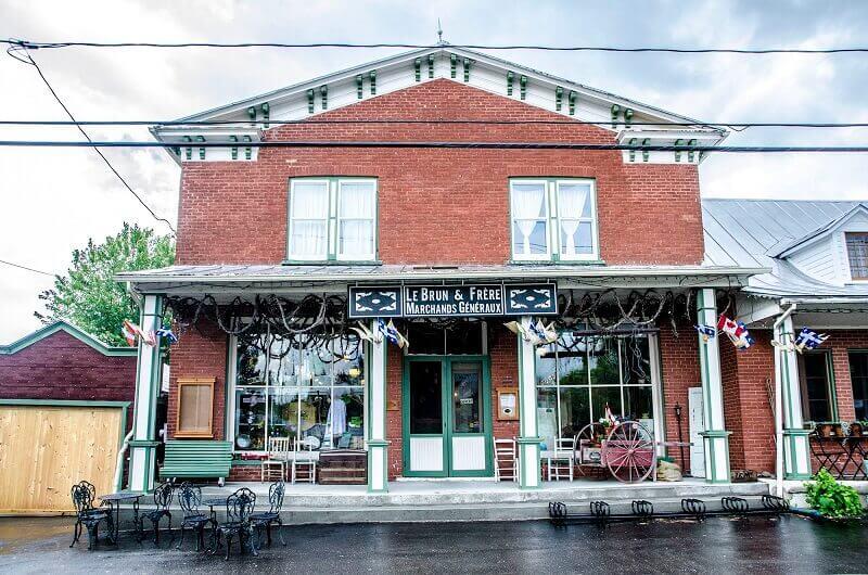 Vieille boutique au Canada.