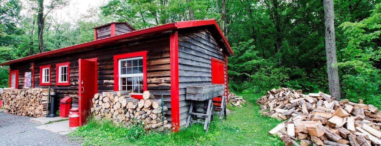 Une cabane au Canada.