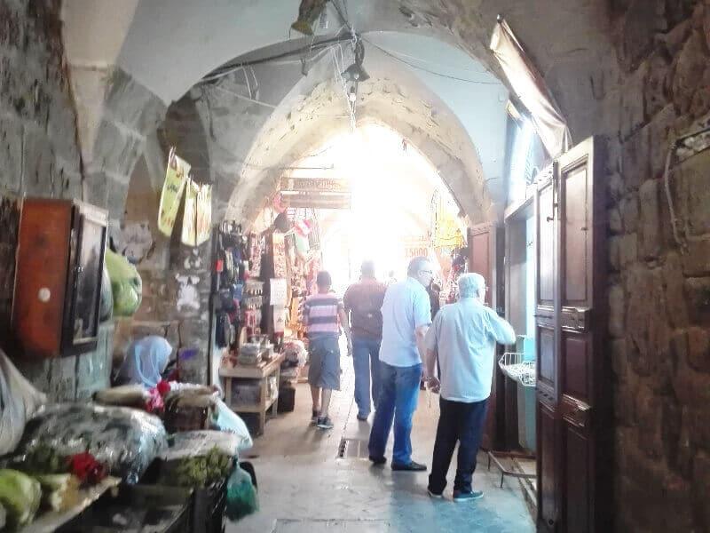 Marché couvert au Liban.