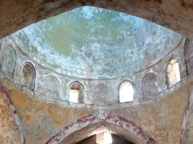 Ancien bain au Liban.