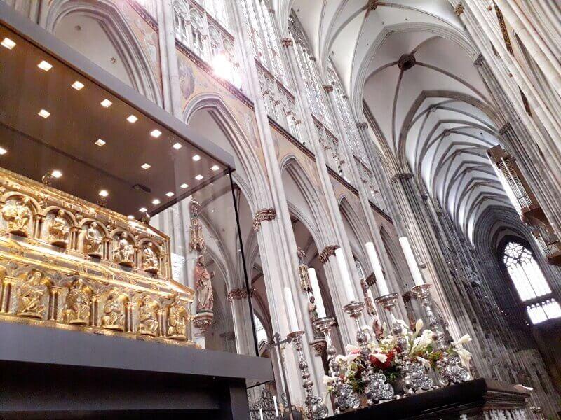 Reliquaire des Rois mages à Cologne.